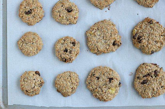 banana-oatmeal-breakfast-cookies-on-baking-sheet