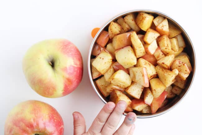 sauteed-apples-in-stainless-container