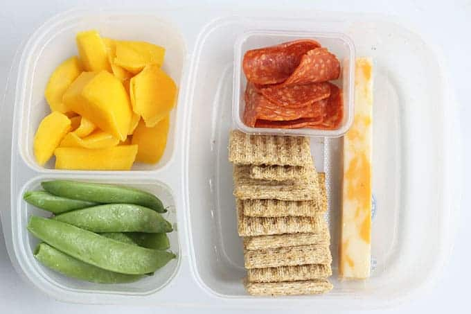 cheese-and-crackers-school-lunch