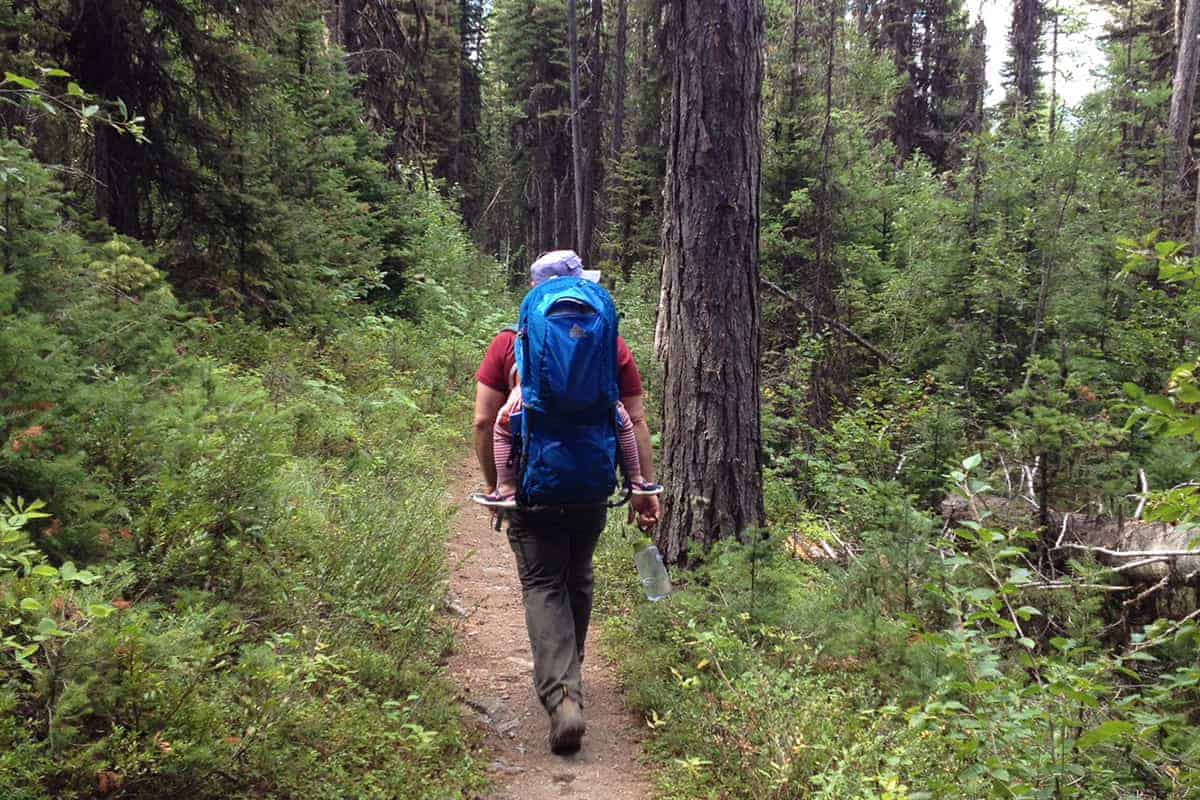 dad-backpacking-in-glacier-park