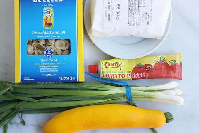 ingredients-in-zucchini-pasta