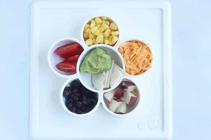 taco-finger-food-for-toddler-on-divided-mat