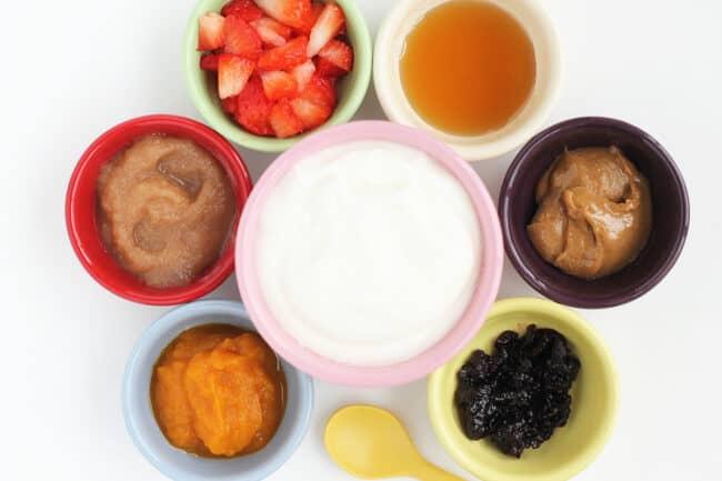 yogurt-with-optional-flavorings-in-bowls
