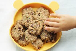 zucchini-cookies-on-kids-plate