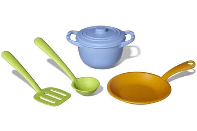 Green-Toys-Chef-Set pots and pans