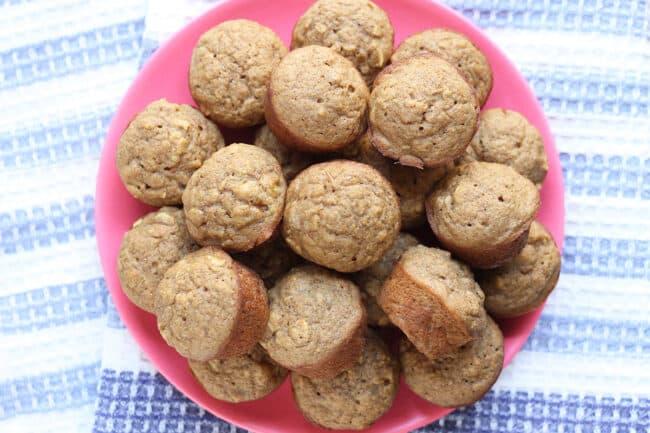 applesauce-muffins-on-plate