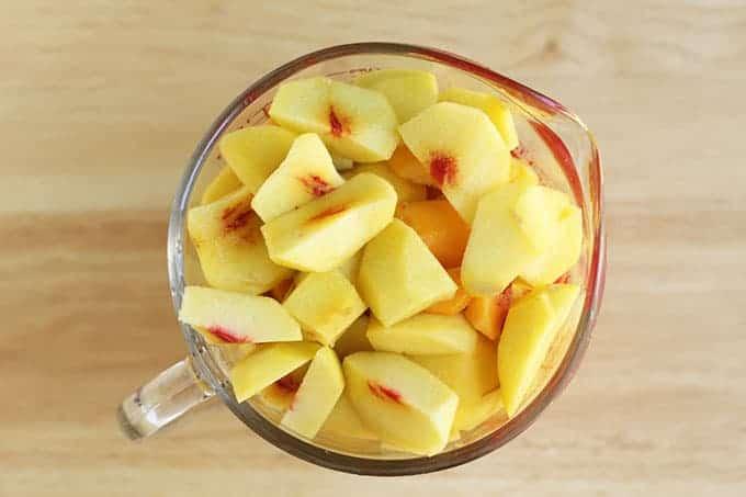 cut-peaches-in-measuring-cup