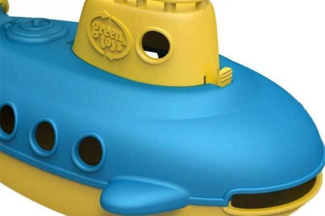 green-toys-blue-sub
