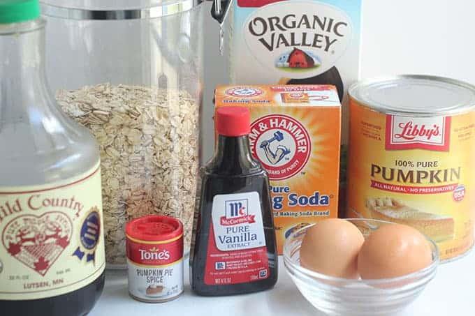 ingredients-in-pumpkin-oatmeal-muffins