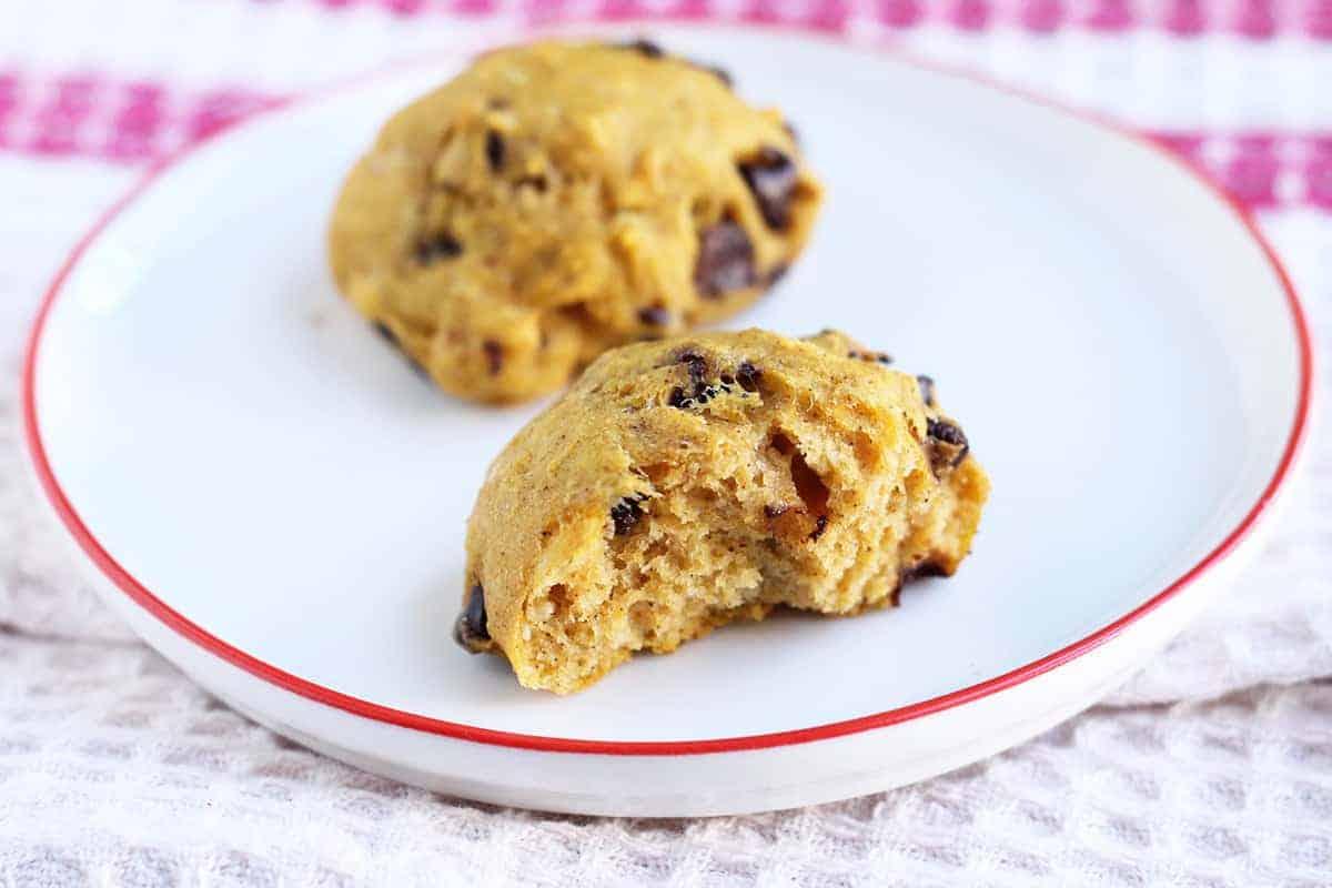 pumpkin-cookies-on-white-plate