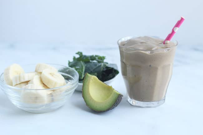 chocolate-smoothie-on-counter