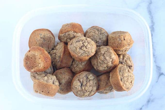 banana-muffins-in-container