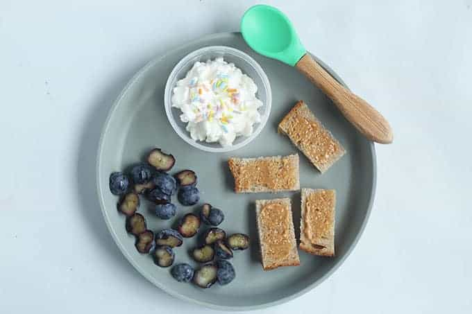 toddler-breakfast-with-peanut-butter-toast