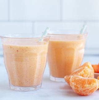 carrot-smoothie-in-cups