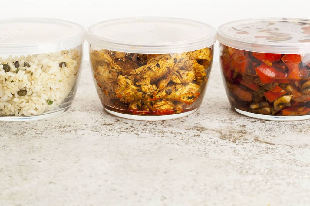 meal-prep-containers-on-counter