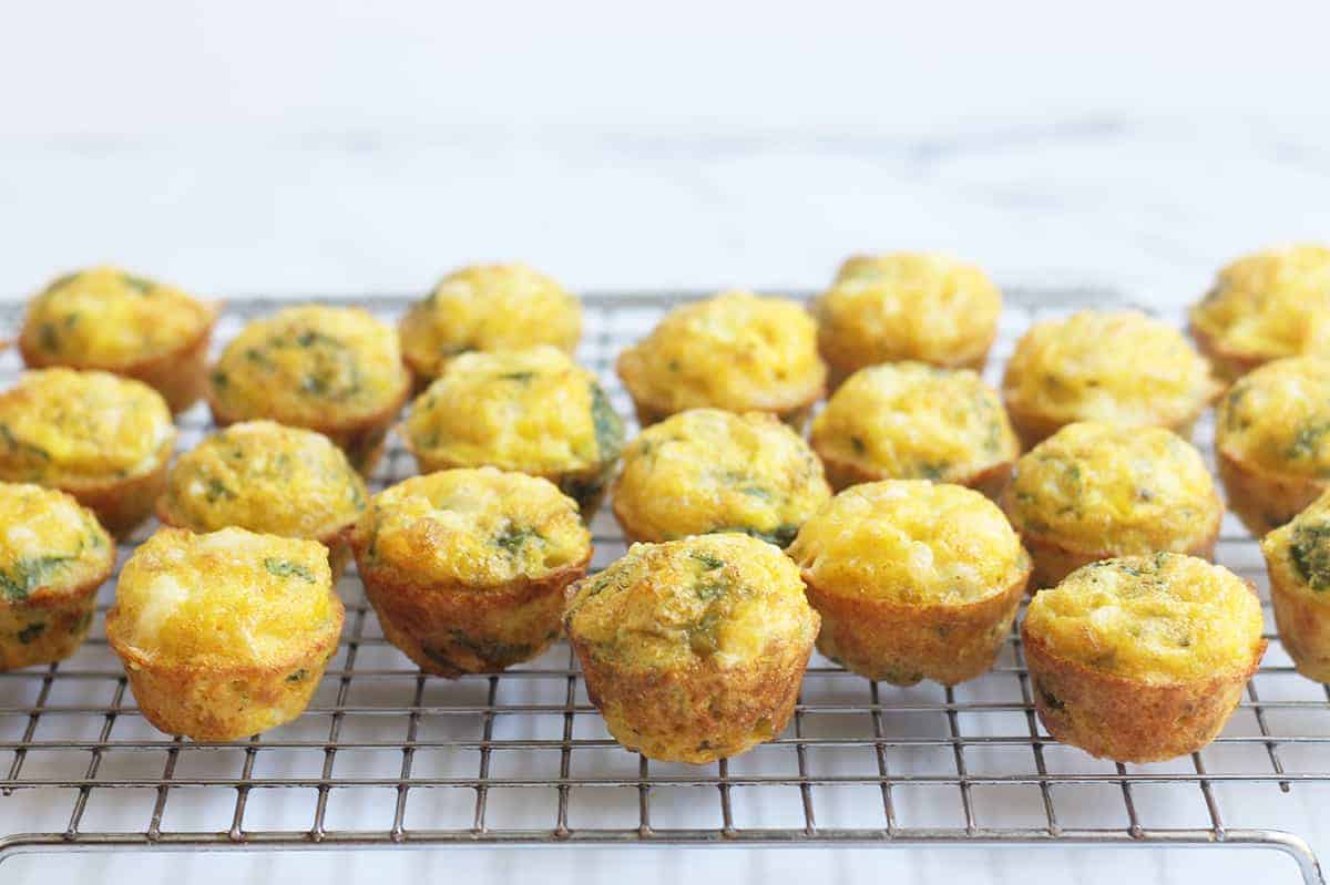 spinach-egg-muffins on wire rack