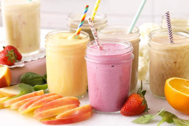 toddler-smoothies-in-mason-jars