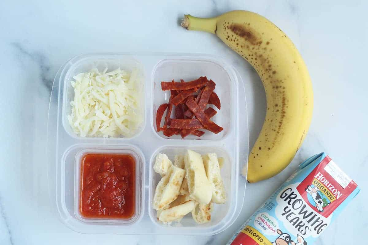 pizza-lunchable-for-toddler