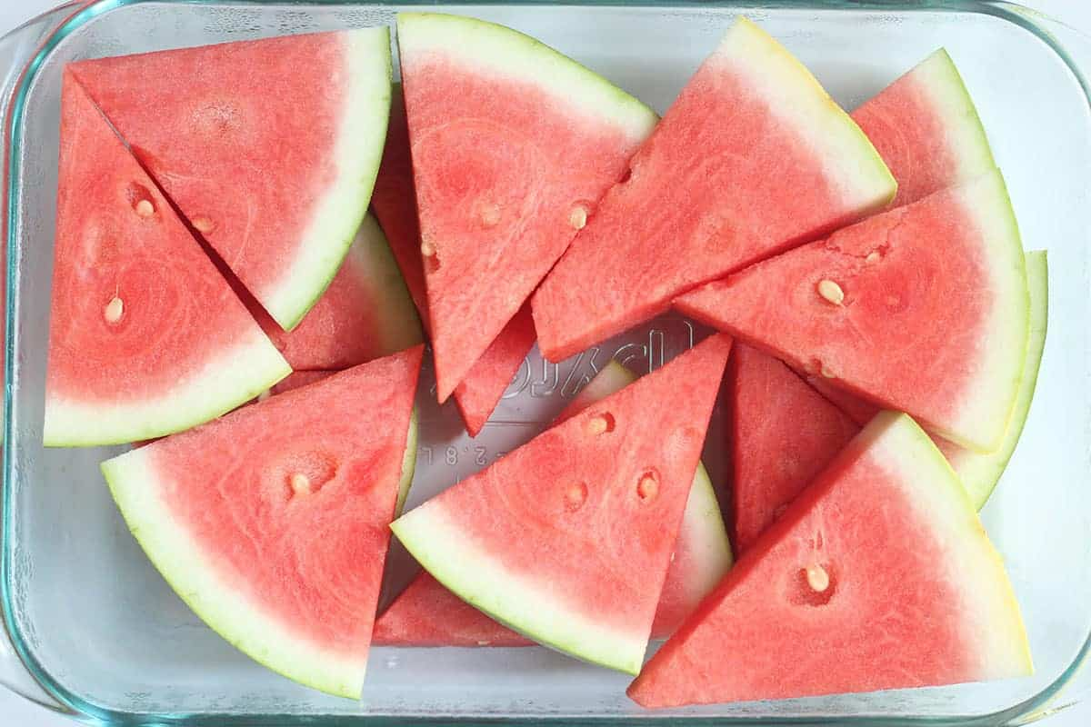 watermelon-wedges-in-glass-pyrex