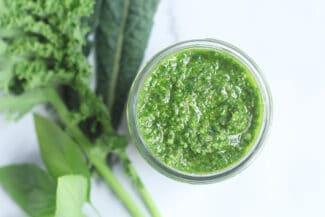 kale-pesto-in-container
