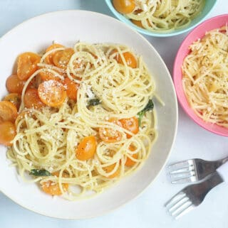 cherry-tomato-pasta-in-white-and-colored-bowls