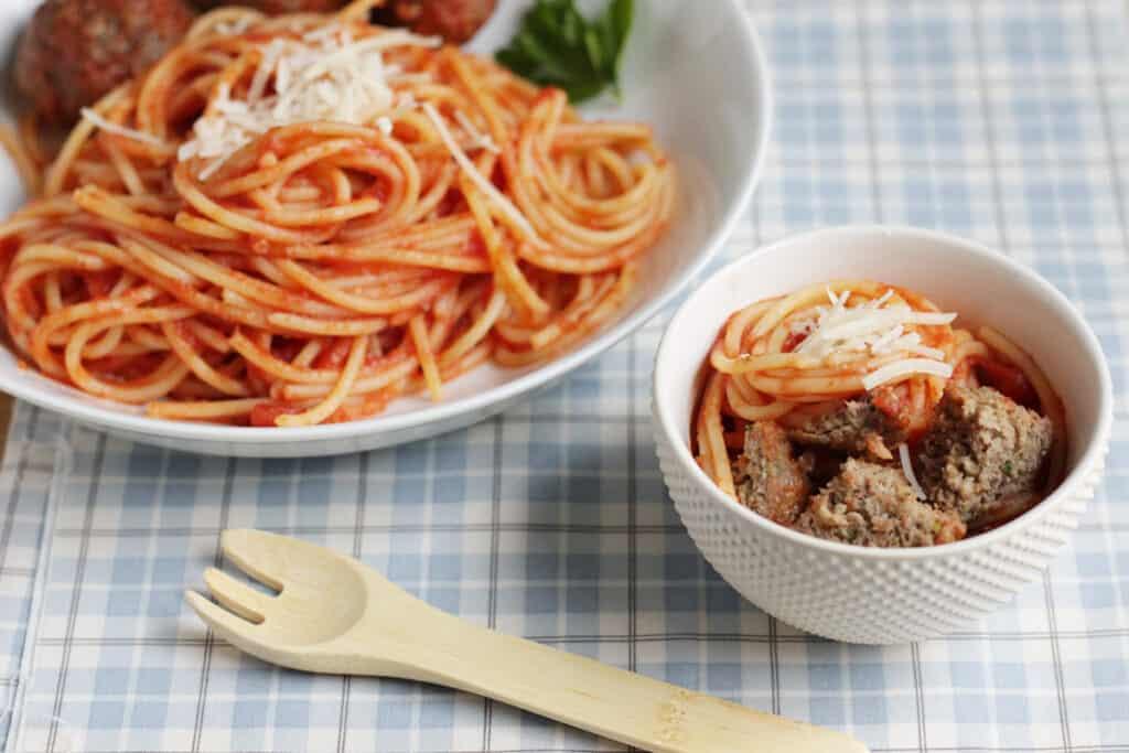 healthy-meatballs-with-spaghetti