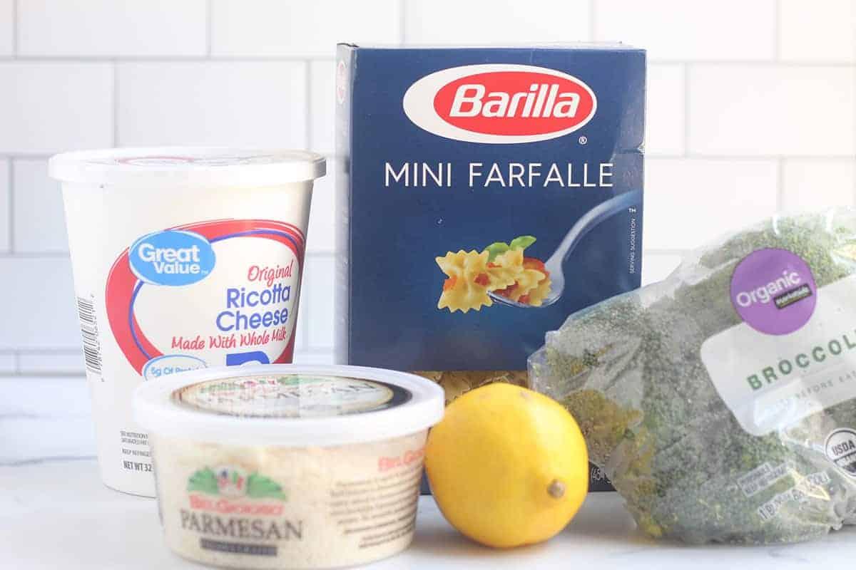 ingredients in creamy broccoli pasta