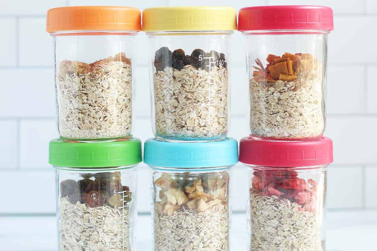 instant oatmeal in containers with fruit
