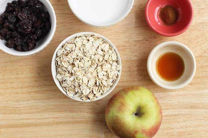 ingredients in apple cinnamon oatmeal