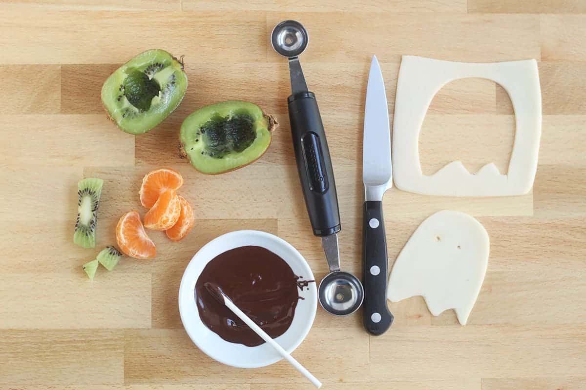 how-to-make-halloween-toast-step-by-step