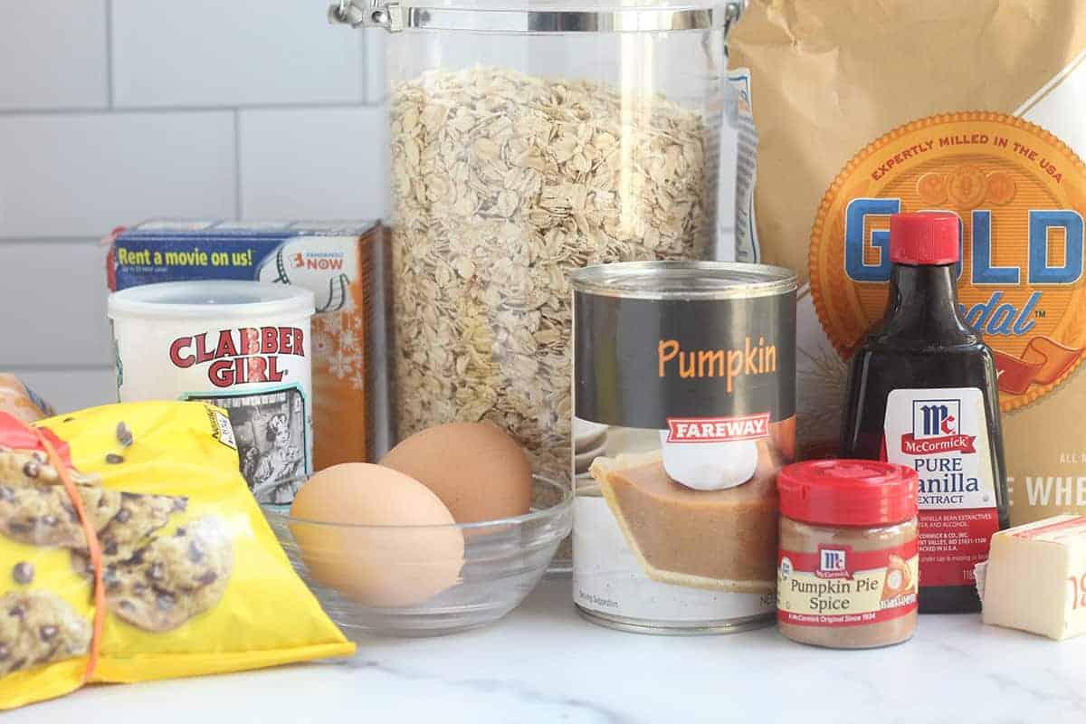 ingredients in pumpkin chocolate chip muffins