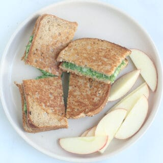 spinach-grilled-cheese-on-plate